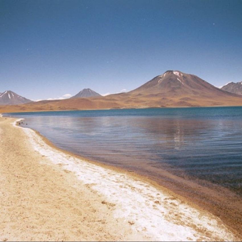 Un destino y dos fronteras: Chile y Bolivia. Maravillas del Altiplano y desierto de Atacama 15 días 14 noches